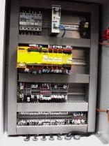 Interior de cuadro eléctrico