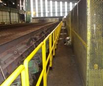 Montaje de protecciones a medida en pasarelas